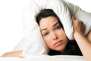 هیچ کجا به جز تخت خودم خوابم نمی برد